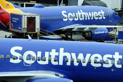 Southwest Airlines trims planned flights due to staffing shortage